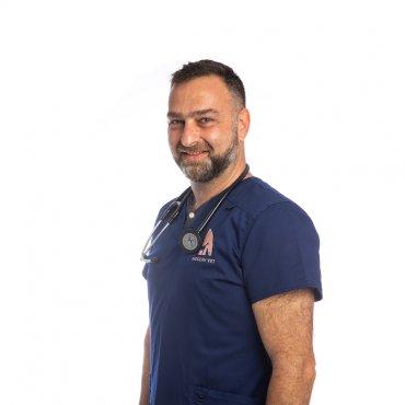 Dr. Manos